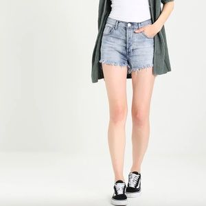 Oneteaspoon the outlaws Hamptons raw hem shorts